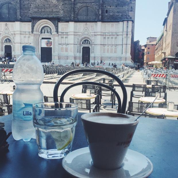 Caffe Vittorio Emanuele Piazza Maggiore