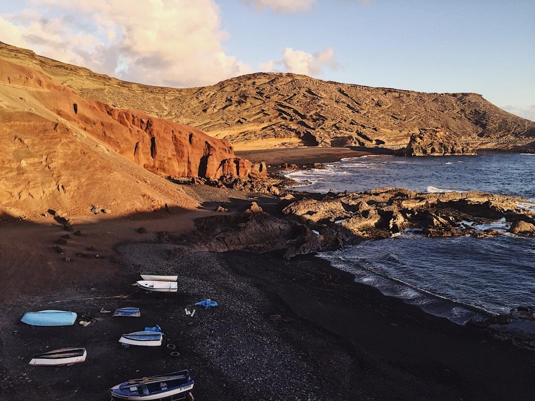 Best spot for sunset in Lanzarote - El Golfo, Yaiza
