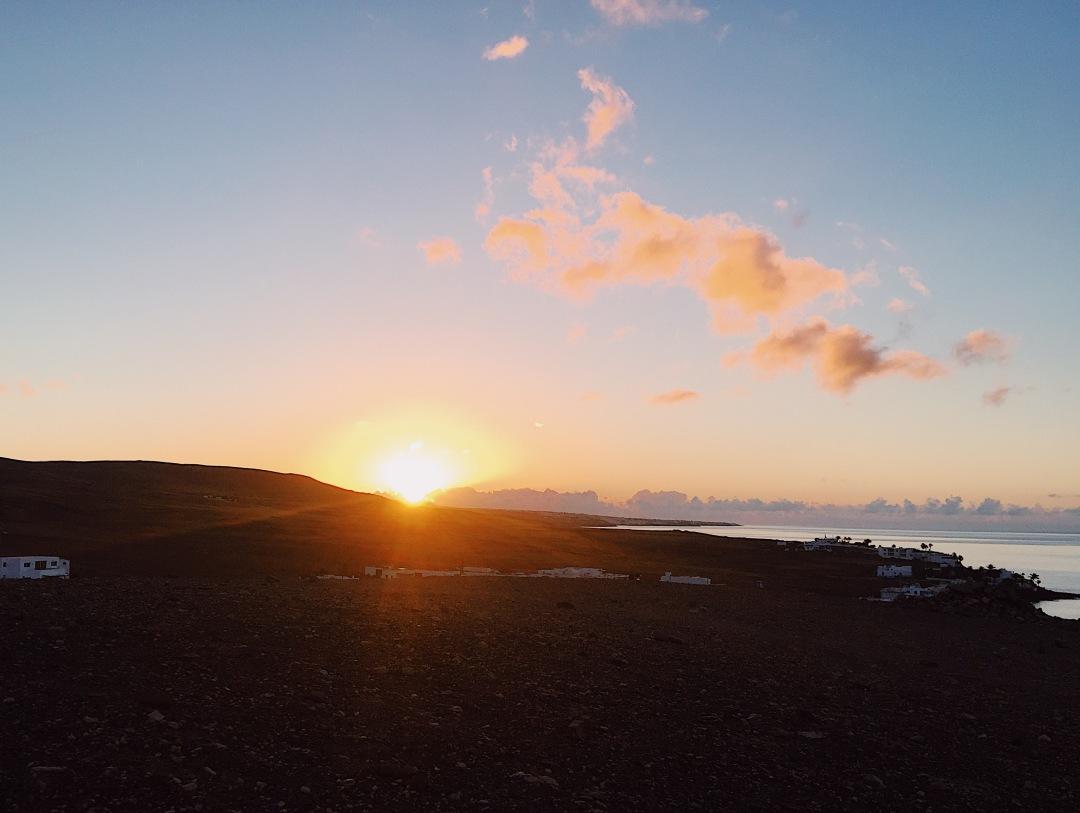 sunrise in Playa Quemada Yaiza Lanzarote