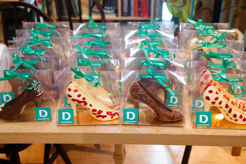 Deichmann Bulgaria event Chocolate shoes Модика шоколатерия