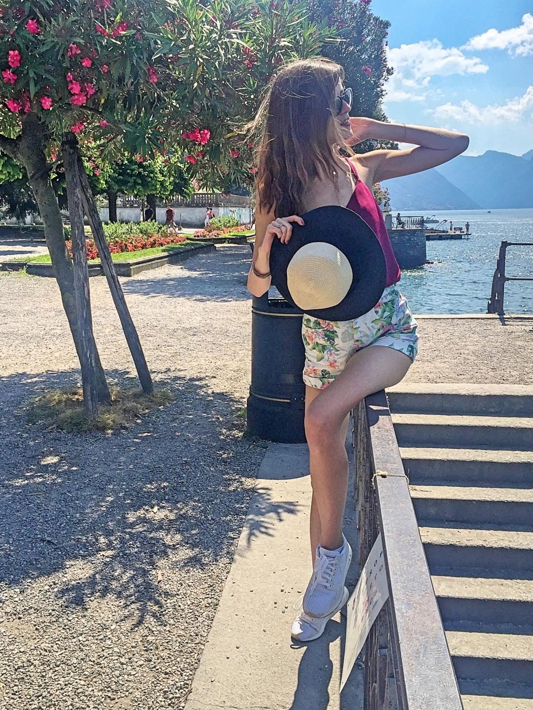 Беладжо град Италия езеро Комо