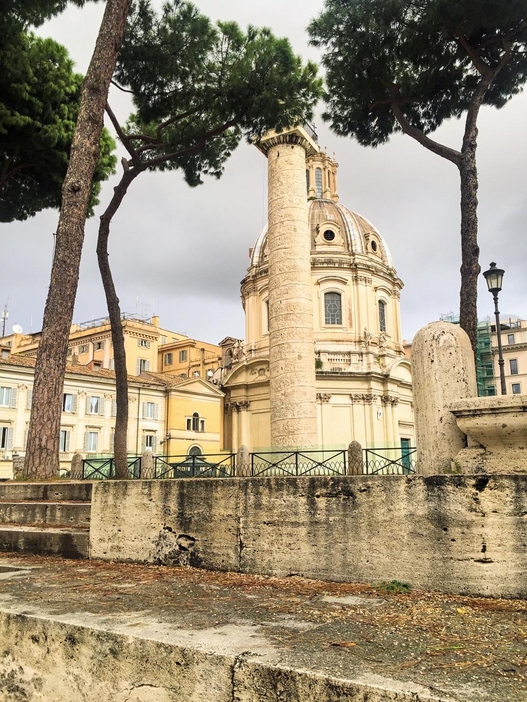 Foro di Traiano Roma pedestrian walk