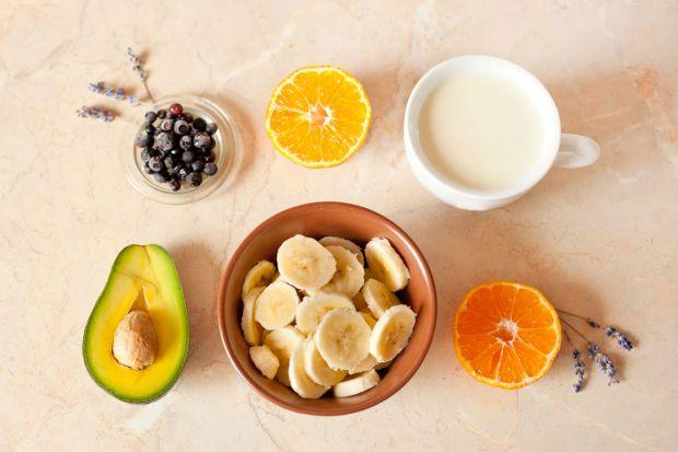 Christmas smoothie bowls recipe vega avocado banana coconut milk