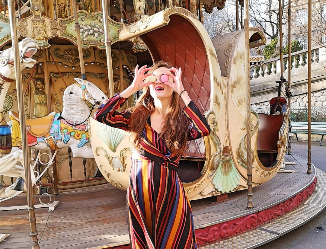 Best places for Instagram pictures in Paris - Montmartre carousel