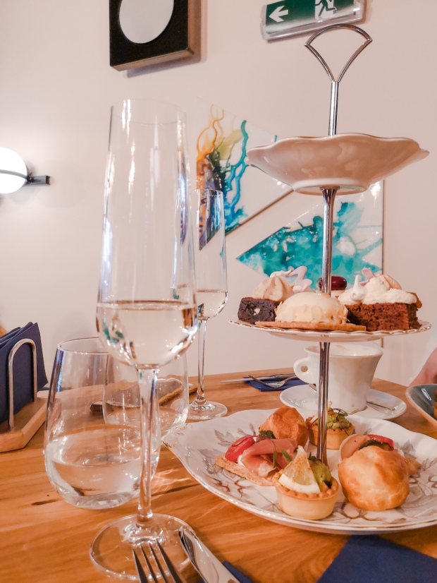 Best places for Saturday brunch in Sofia Bulgaria - Welcome to Wonderland - Kinky Potion Portion