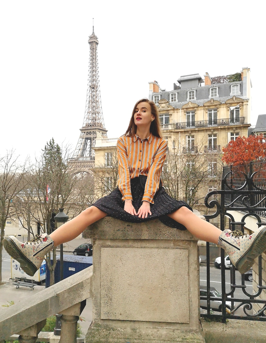 Avenue des Camoens - best view of the Eiffel Tower in Paris - fashion bloggers in France