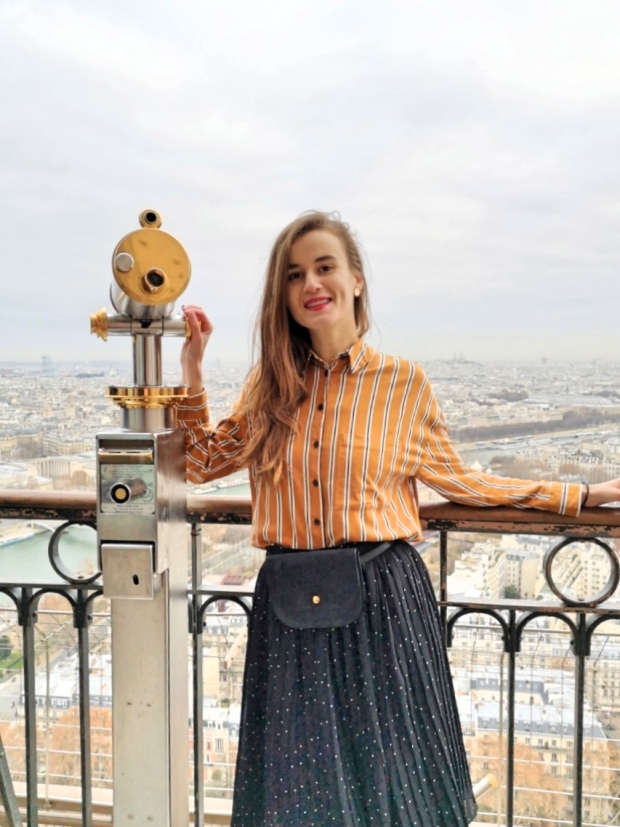 French fashion bloggers - Eiffel Tower in Paris