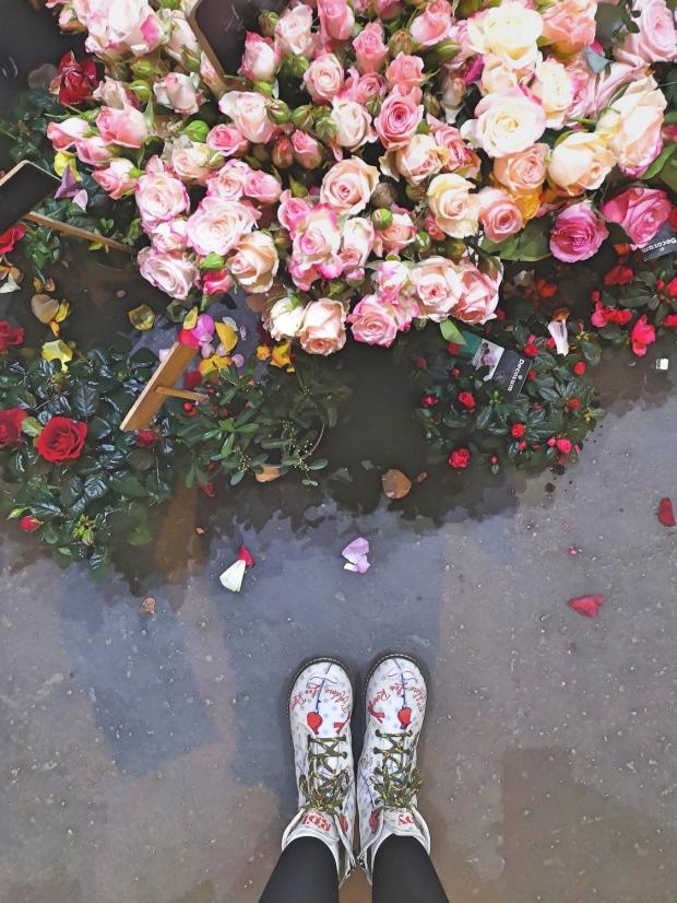 Marche aux Fleurs address - Allée Célestin Hennion, 75004 Paris, France