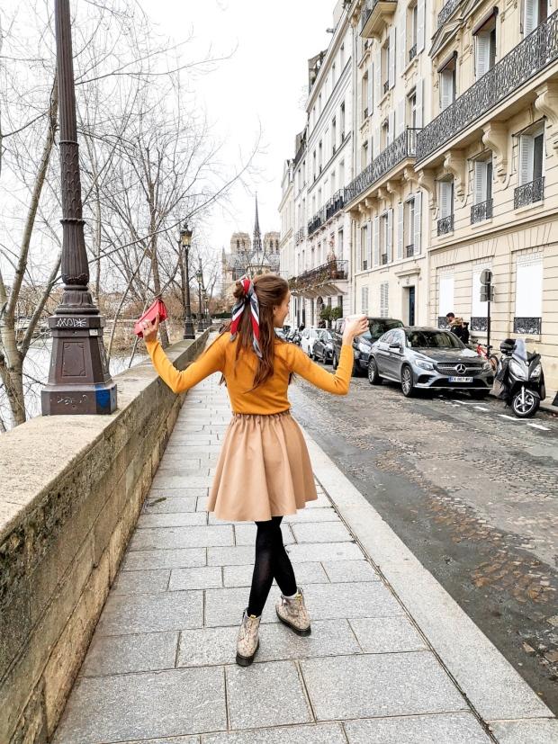 Morning walk in Paris - Ile Saint-Louis - Ile aux Vaches