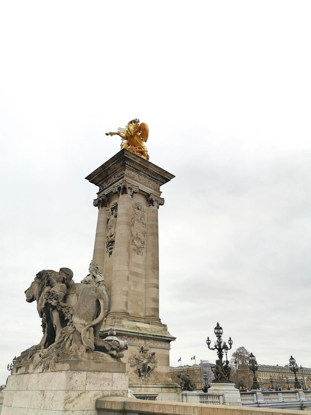 Pont Alexandre III - Paris - La France moderne by Gustave Michel