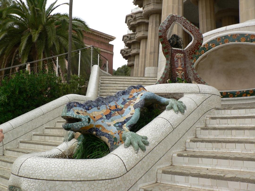 Gaudi mosaics El Drac Parc Guell Barcelona