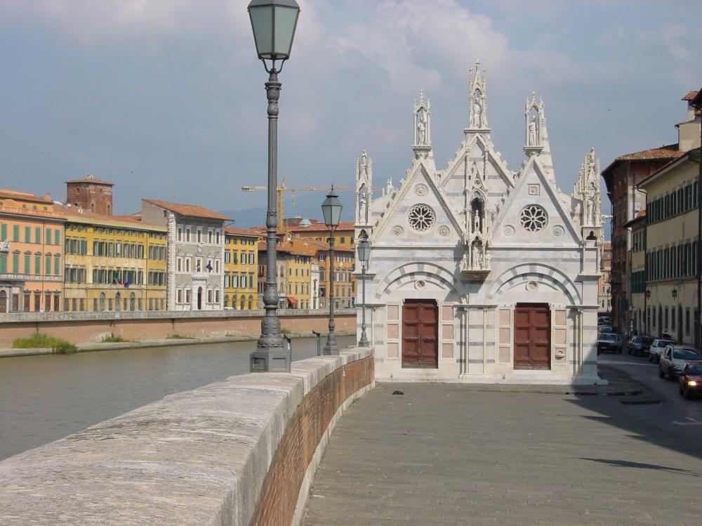 Santa Maria della Spina Gothic church Arno river
