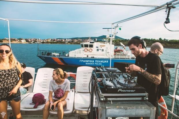 Bass Sea Festival 2019 boart party HMSU