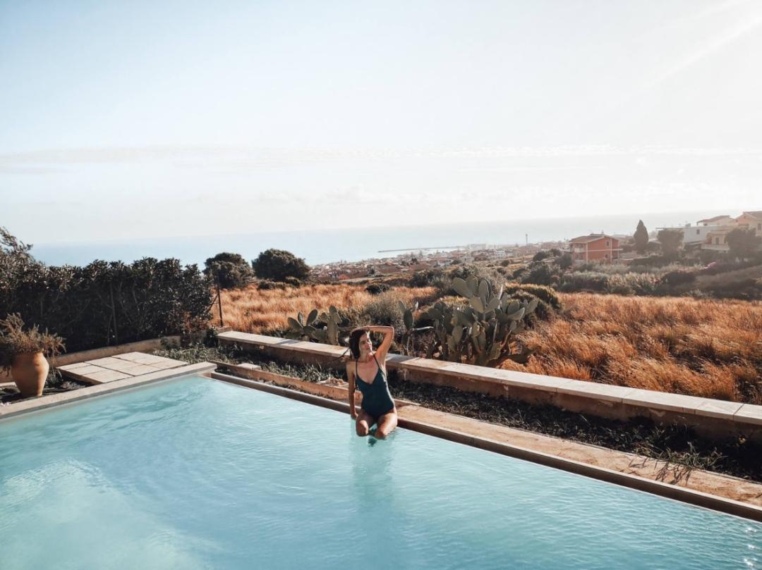 басейн в Марина ди Рагуза Сицилия