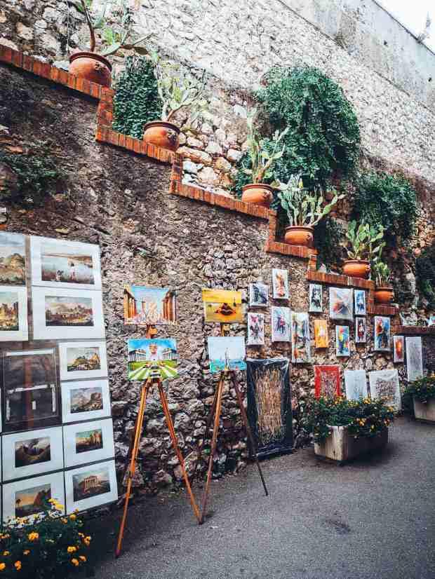 street artists in Taormina Sicily