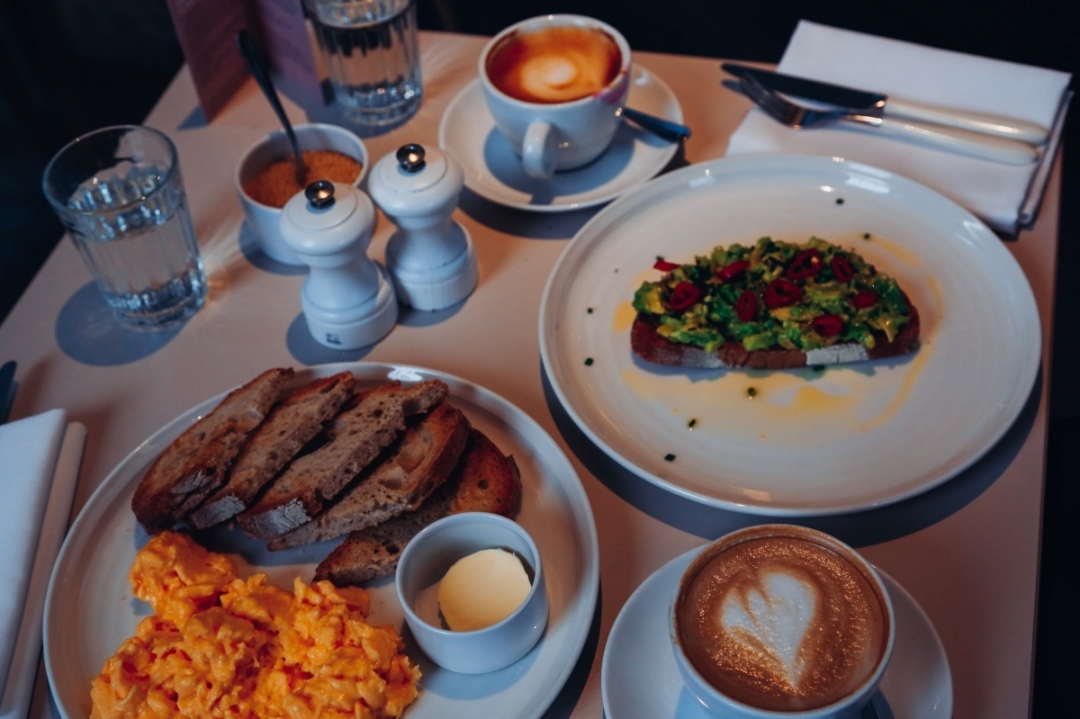 Breakfast at the National Cafe in London