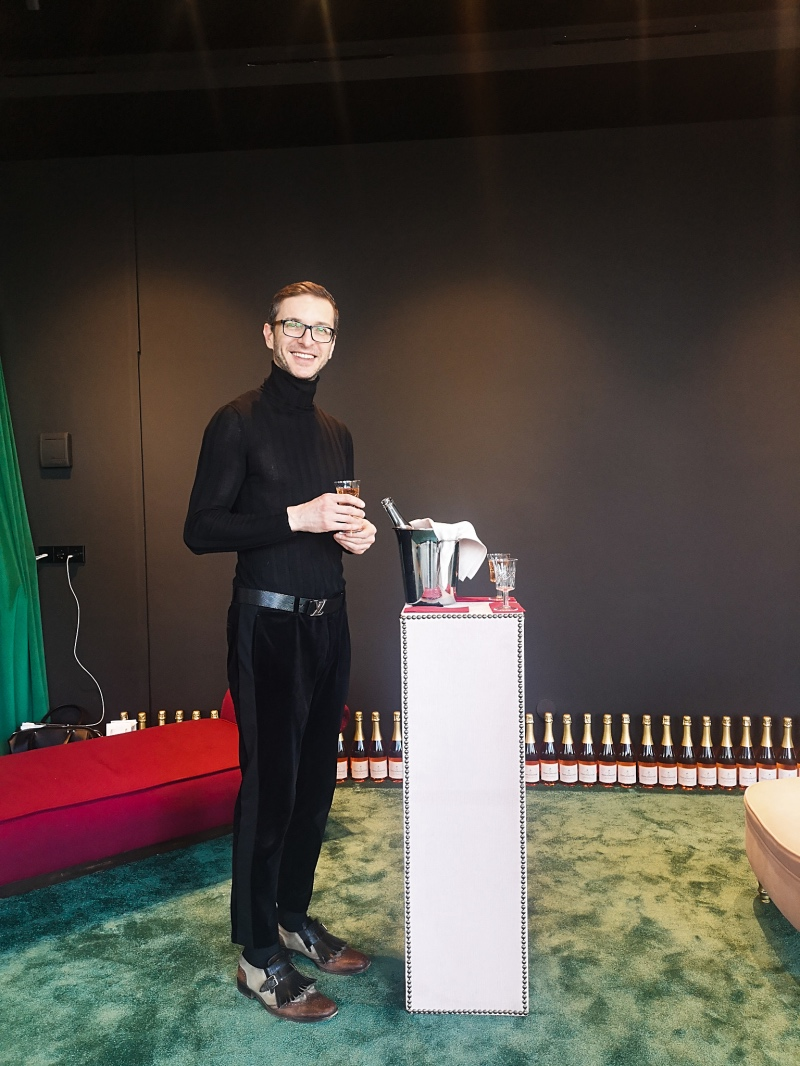 Стилистът Митко Дамов в новия салон Vogue Vision