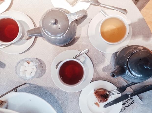 История на следобедния чай