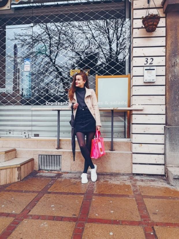Прозрачна розова чанта за пролет 2020