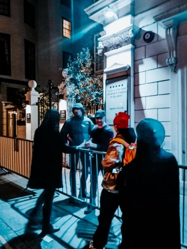 Джеймс Макавой театър в Лондон