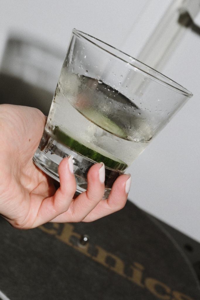 Джин мартини
