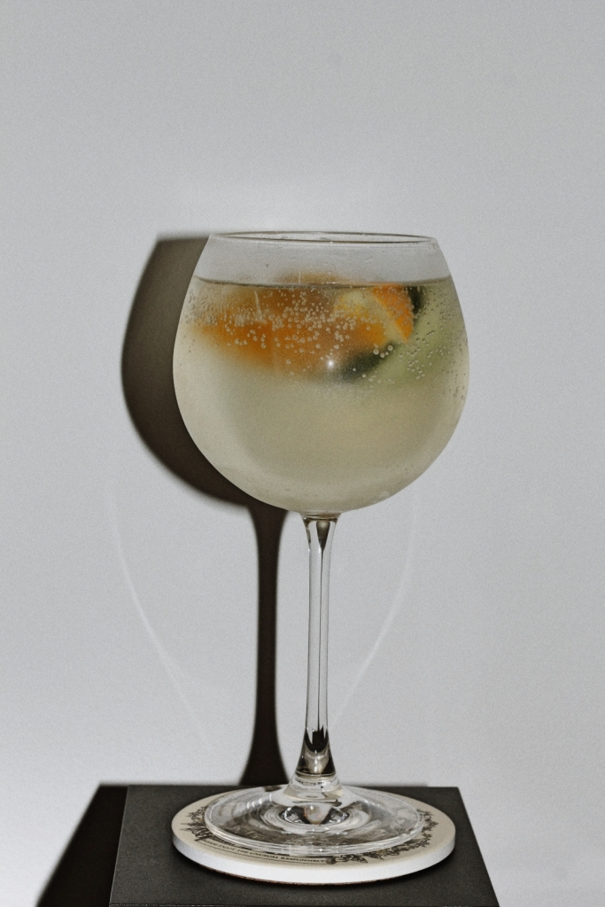 Midsummer spritz with hendricks gin