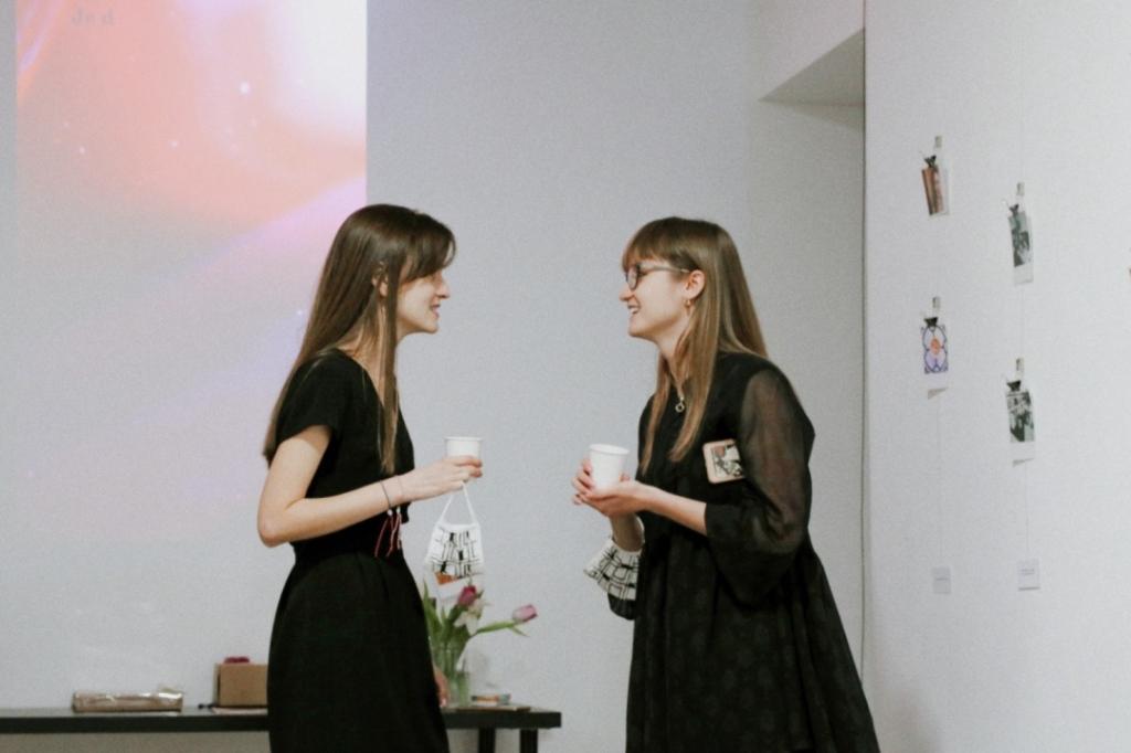 изложба блогъри в София
